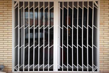 Persianas y rejas de seguridad, ¿qué las diferencia?