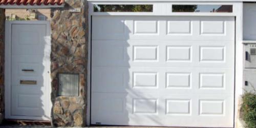 Panel puerta seccional cuarterón